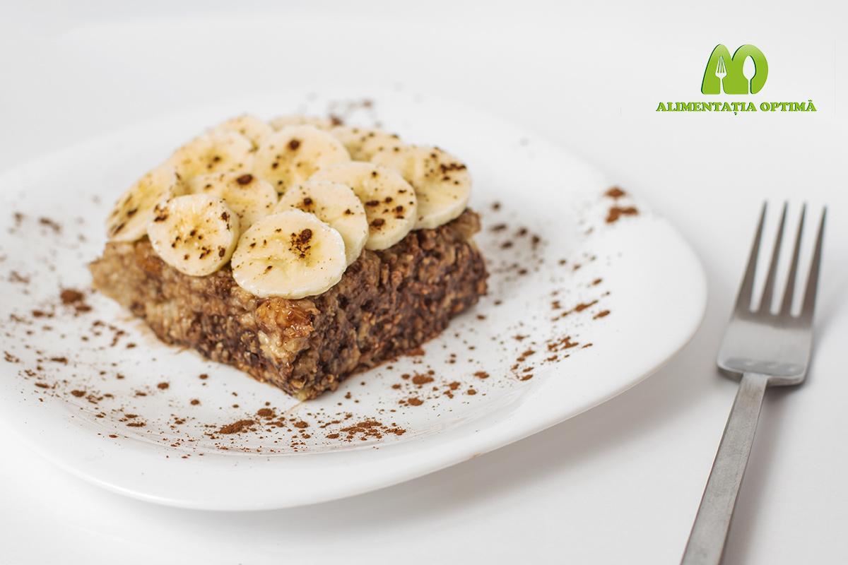 Părjitură mic dejun cu ovăz, ciocolată și banane